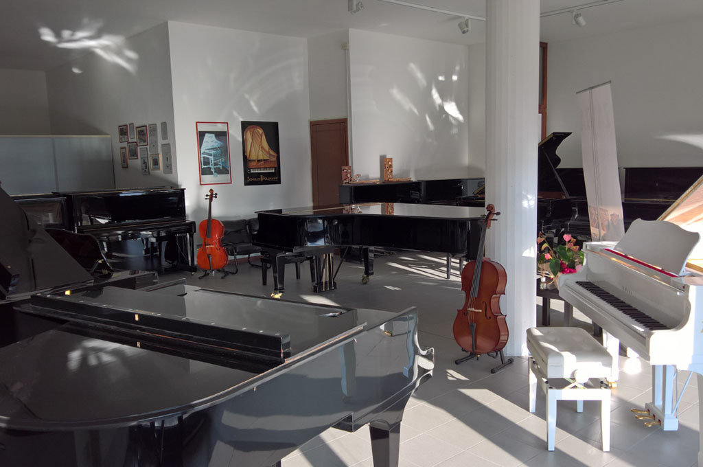 finest selection fe6c3 c01c4 Nuova showroom a Saonara (PD) | ZANTA Pianoforti